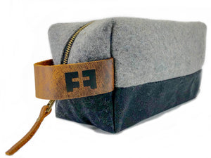 Load image into Gallery viewer, the DOPP KIT in FELTED NIGHT SKY - :: FAT FELT ::