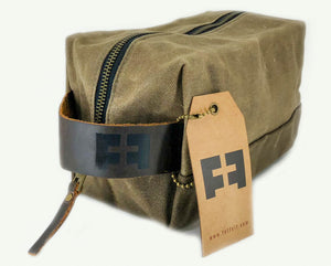Load image into Gallery viewer, the DOPP KIT in EARTH - :: FAT FELT ::
