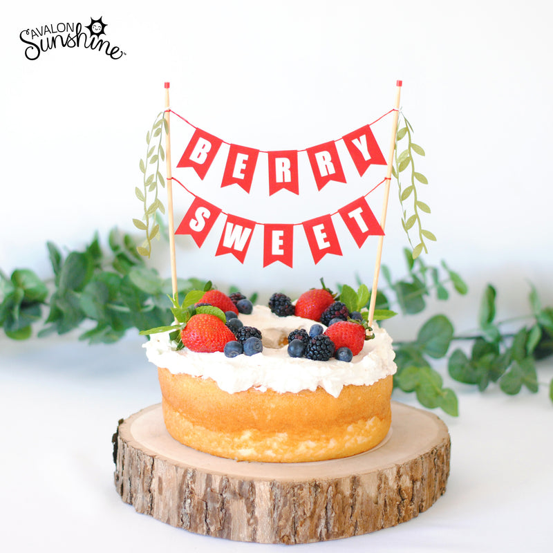 Berry Sweet cake topper angelfood cake with berries