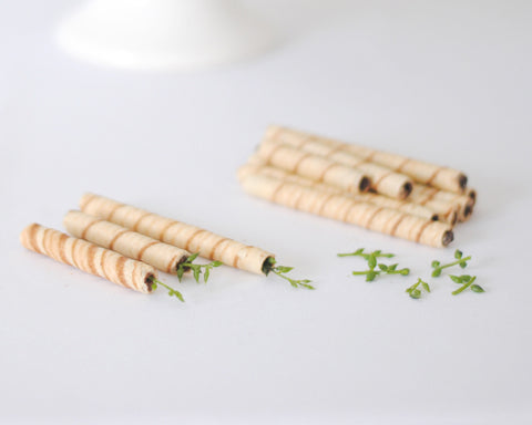 Pirouline cookies as bamboo for Panda cake topper