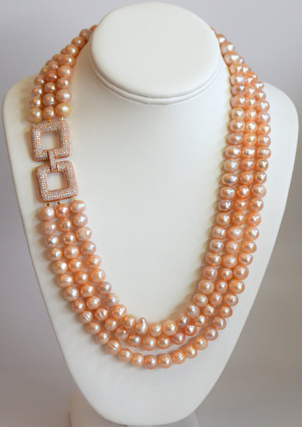 Heftsi Peachy Fresh Water Pearls Necklace