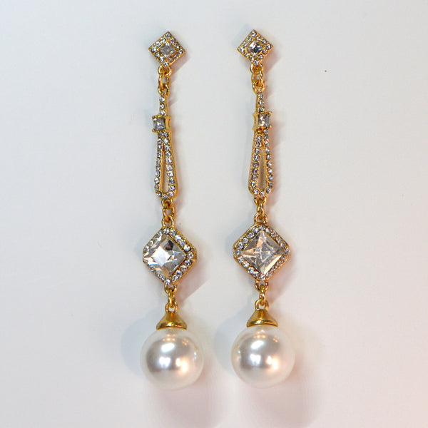 Heftsi Pearls Earrings with CZ Stone