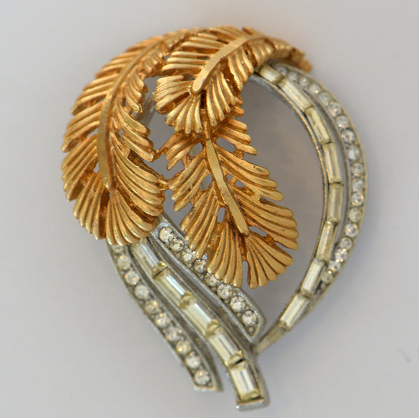 Heftsi Vintage Gold plated Brooch
