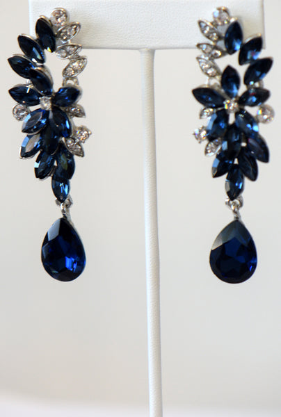 Heftsi Blue long Earrings