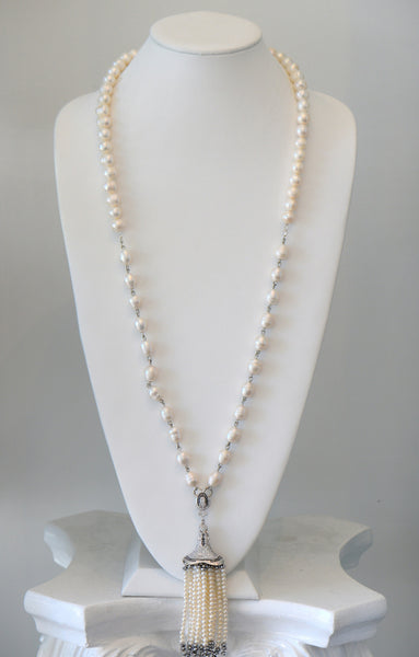 Heftsi Pearls Long Necklace With Pearls Tassel