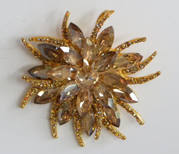 Heftsi Beautiful Cubic Zirconia Flower Brooche