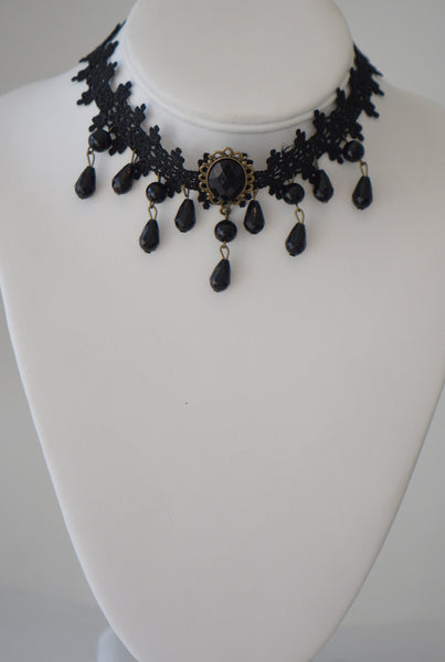 Black lace and gem choker
