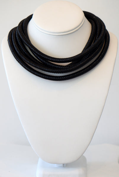 Heftsi Black Cable Necklace