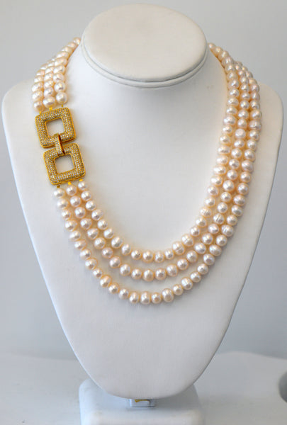 Heftsi Fresh Water Pearls Necklace with Side CZ Clasp In Gold