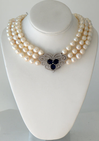 Heftsi Fresh Water Pearls Necklace With Pave Center Piece