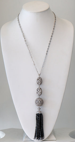 Heftsi Silver and Black Necklace