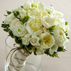 The Romance Eternal™ Bouquet