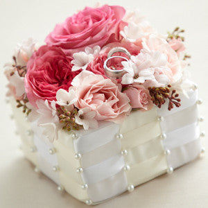 Ring - The Flower Jeweled™ Ring Box J-W17-4661