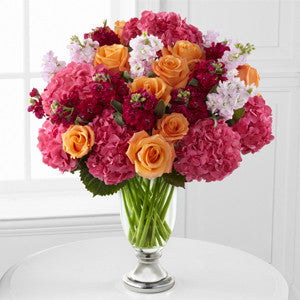 Vera Wang Exclusives - The Astonishing™ Luxury Mixed Bouquet By Vera Wang J-V12