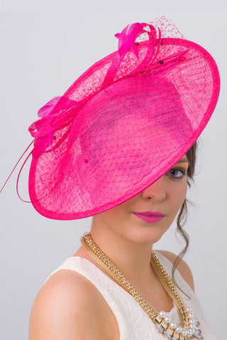 """Wendy"" Fascinator - Fuchsia"
