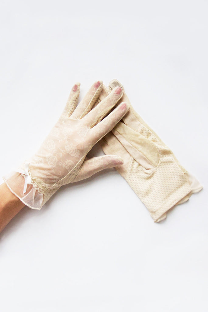 """Rosey Lace"" Nude Tea Time Non-Slip Gloves"