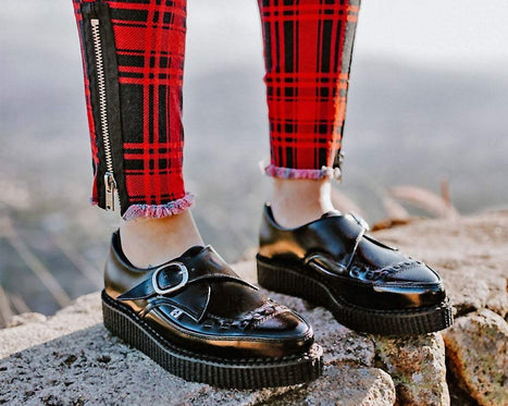 Pointed Buckle Creepers