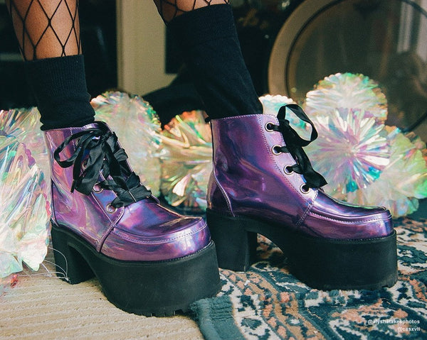 Lavender Iridescent Nosebleed Boot