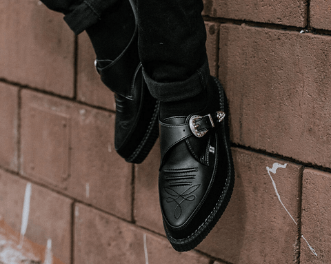 Black TUKskin™ Western Buckle Pointed Creeper