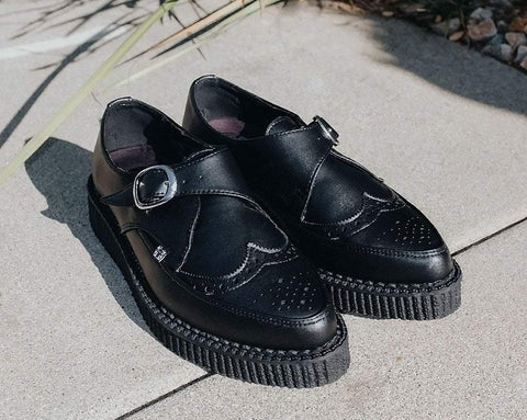 Black TUKskin Wingtip Buckle Pointed Creeper