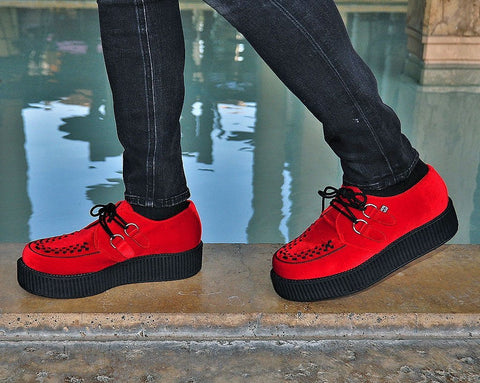 Red Velvet Viva Mondo Creeper