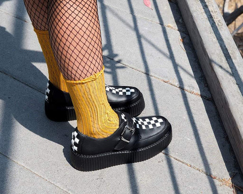 Black & White Checkered Strip Viva Low Creeper