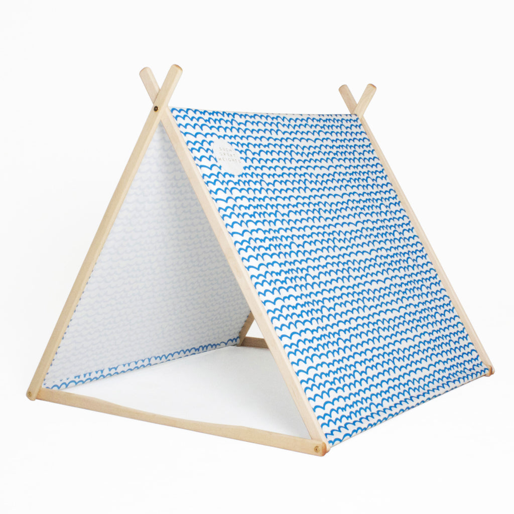 Blue Waves Wonder Tent + Clothes Rack Conversion