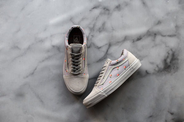 678e8d671ffae4 The Vault by Vans x UNDERCOVER by Jun Takahashi collection will be  available at the Vans OTH store as of 11am Saturday. The OG Era LX retails  for  170+tax