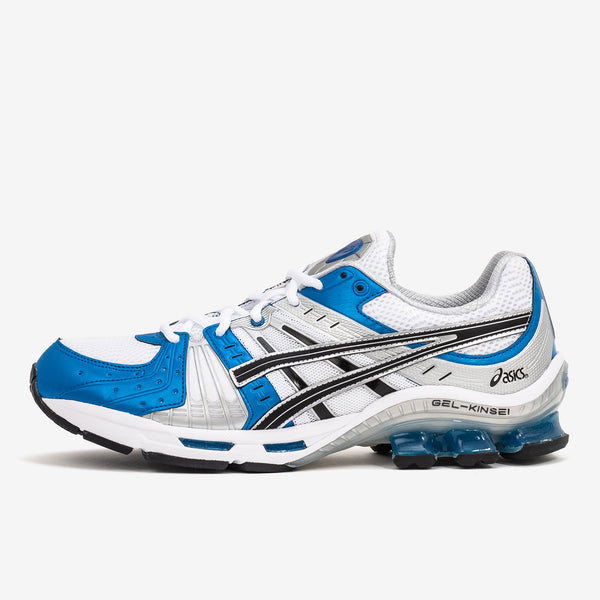 Take a leap forwards in the GEL-KINSEI OG men's sportstyle shoe by ASICS. This model features a retro look and is an update on an early 2000s original that blends the best in technology and premium style. Product code: 1021A117. Now at Off The Hook, OTH, Montreal, Quebec, Canada.