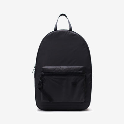 The Studio HS6 Backpack elevates a conventional design with contemporary accents and smooth lightweight ripstop. Well styled with oversized zippers and lavish seatbelt webbing, this piece has a practical feature set that makes it perfect for the everyday. off the hook oth streetwear boutique canada montreal