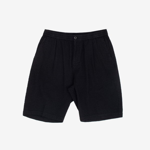 These Seersucker Bryan Shorts in Black from Stussy are constructed from a breezy seersucker fit for balmy summer days. It features two front pockets and two back split welt pockets, with a subtle flag label at the back waistband to complete look. 100% Cotton Woven Elastic waist with center front button closure and interior drawcord. Product code: 112255 off the hook oth streetwear boutique canada montreal