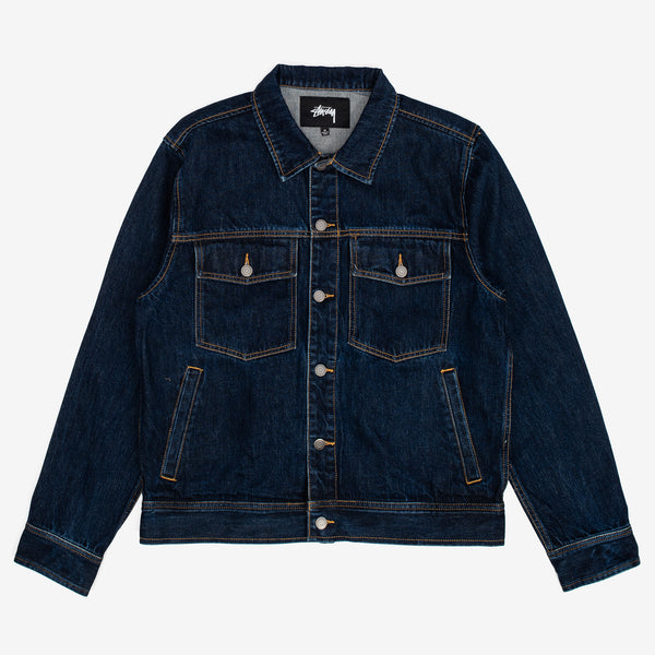 Stussy delivers with this detail-oriented take on a denim ranch jacket. It features branded shanks at center front, chest pockets, cuff and back hem. 100% Cotton Woven Product code: 115493 off the hook oth streetwear boutique canada montreal blue indigo