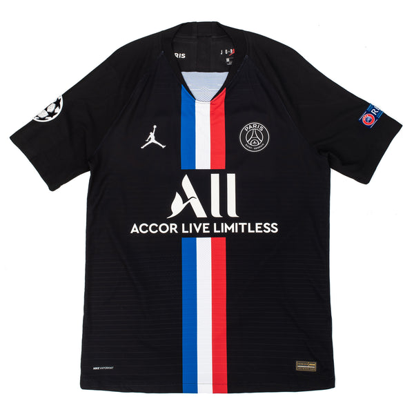 The team details on breathable to cool and dry on the pitch or in the stands cheering for your team. The understated all-black design past jerseys with a 'tricolore' . Parisian, the city's name is inside the jersey and on the neck and features OTH with the number 99, a representation of their launch of the company in 1999. off the hook oth psg paris saint germain PSG X OTH 4E Jersey PSG Fourth Match 19/20 streetwear football soccer canada montreal
