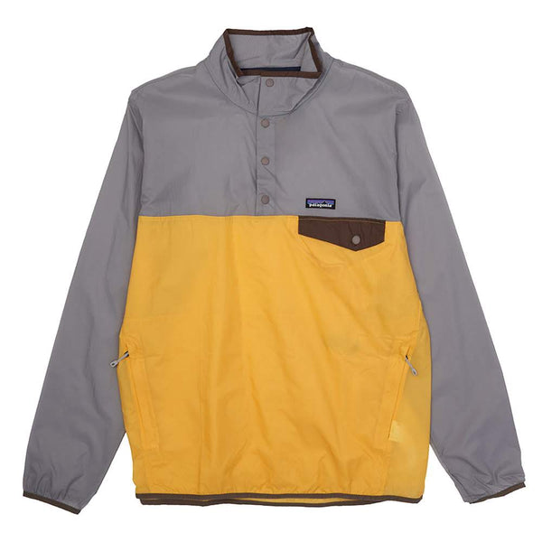 Constructed from recycled nylon ripstop, this lightweight pullover boasts elastic cuffs and Patagonia's heritage Snap-T style pocket at the left chest. A kangaroo style hand pocket completes the look of this weather resistant fall or autumn essential.  Product code:  24150   surfboard yellow grey off the hook oth streetwear canada montreal boutique