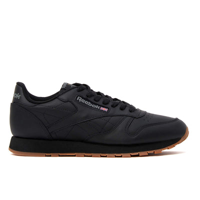 Never go out of style. Soft garment leather upper gives you superior comfort. Die-cut EVA midsole provides lightweight cushioning. Molded PU sockliner adds comfort and durability.  Product code: 49798 Classic Leather Black off the hook oth streetwear boutique canada montreal shoes sneakers