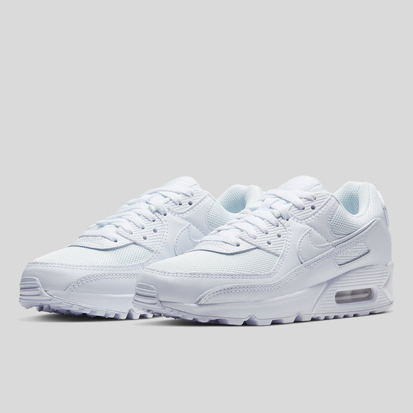 women's nike air max 90 sneaker in white, now available at Off The Hook, OTH, Canada, Montreal. Nike Sportswear, NSW, AM90, Air Max