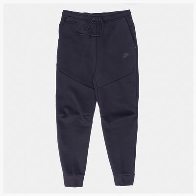 Nike Tech Fleece - Black - Front - Off The Hook Montreal