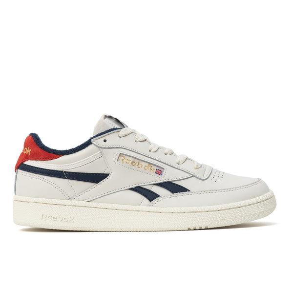 The Club C hit the scene in the late '80s. These men's shoes stay true to their clean, minimalist design. The premium leather upper and metallic logos give them an authentic retro vibe. Contrast colour on the side stripes and heel tab adds style points.  Leather upper is soft and durable High-abrasion-resistant rubber outsole adds durable responsiveness Product code: EF3084 Club C Revenge Chalk / Collegiate Navy / Legacy Red off the hook oth streetwear boutique canada montreal shoes sneakers