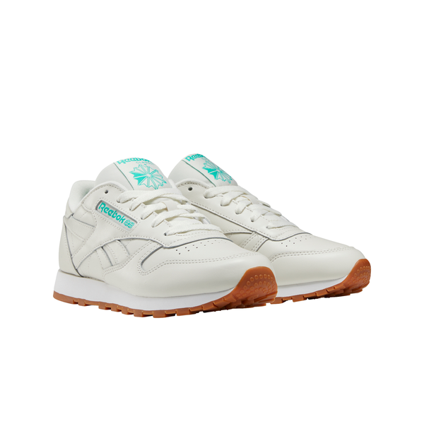 Reebok FV1080 W Classics Leather Chalk/Green/White front 3/4 available at off the hook montreal