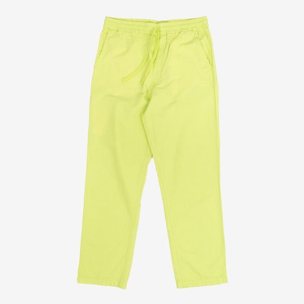 The Southfield Pants in Lime come in a loose fit with a lightweight cotton seersucker construction, ensuring you stay breezy on hot summer days. It features four pockets, a drawcord and elastic waistband, and the iconic Carhartt patch logo sewn atop the back pocket. 100% Cotton Seersucker, 4.1 oz Product code: I027583.09E.00 off the hook oth streetwear boutique canada montreal