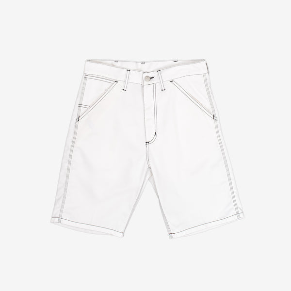 "The Penrod Short in White are durable, regular fit twill shorts with a longer inseam, keeping in line with the brand's workwear aesthetic. The contrast stitching and Carhartt WIP logo patch complete the look. 100% Cotton 'Griffith' Twill, 9 oz 9.5"" inseam Product code: I027949.02.02  off the hook oth streetwear boutique canada montreal"