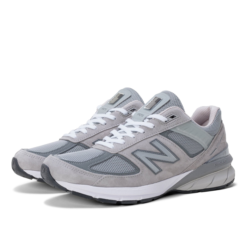 NB 900v5 Made in USA - Grey - 45deg - Off The Hook Montreal