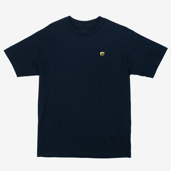 The Mini R&S T-Shirt in Navy from our homies at Mehrathon features an embroidered logo on the left chest. If you know, you know. navy tee with Mehrathon embroidery on left chest. Now at Off The Hook, Montreal, Mtl, Quebec, QC, Canada. OTH. Men's tee, t-shirt.