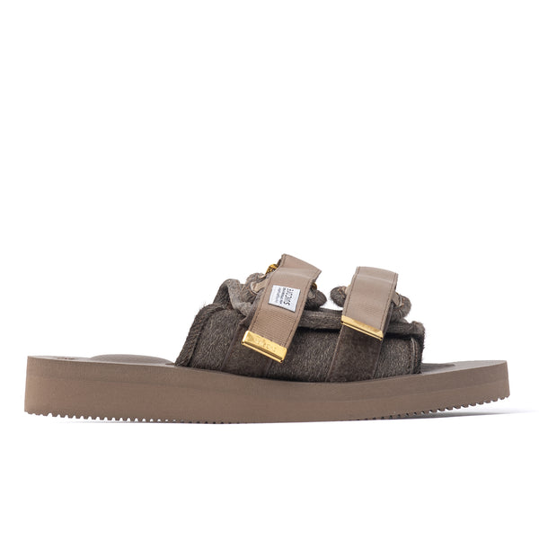 stylish, technical sandal boasts a VIBRAM sole. One may not pronounce the word comfort until he carefully fastens the nylon and synthetic fiber straps around his feet and takes a few steps. Once enlightened, one may start to realise the infinite styling potential of this footwear grail, due to its much recommended socks n sandals configuration. summer footwear shoes sneakers streetwear off the hook oth canada montreal boutique japanese japan Product code: OG.056VHL brown