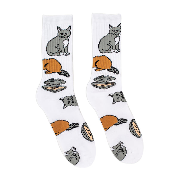 These 40s & Shorties socks feature an allover print on either a white or black knit. A very innocent reference to 3 things we all love and respect. One Size Fits All Product code: 40156065-WHT | 40156053A-BLK off the hook oth streetwear boutique canada montreal