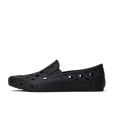 Vans Trek Slip-On - Black - Side - Off The Hook Montreal