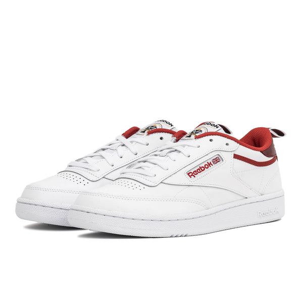 The Reebok Club C men's shoes celebrate a 35-year legacy with an anniversary sockliner and tongue label. The supple leather upper has a fresh chalk backdrop with colour pops. The webbing keeps them old-school. Now at Off The Hook, OTH, Montreal, Quebec, Canada.