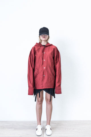 SILK RAINCOAT W/ PRINT IN RED SILK