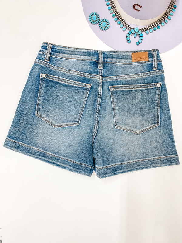 Judy Blue | Breezy Baby High Waisted Hemmed Shorts in Medium-Light Wash