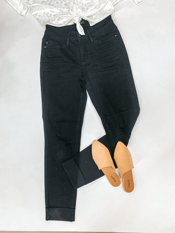 Judy Blue | Couldn't Be Me Mid Rise Destroy Knee Slim Fit Jeans in Black